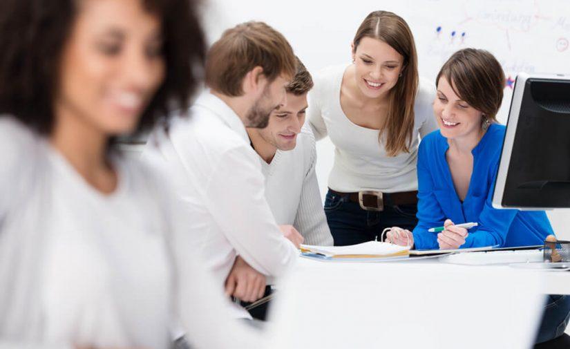 Quais são as principais tarefas de uma agência de marketing digital?